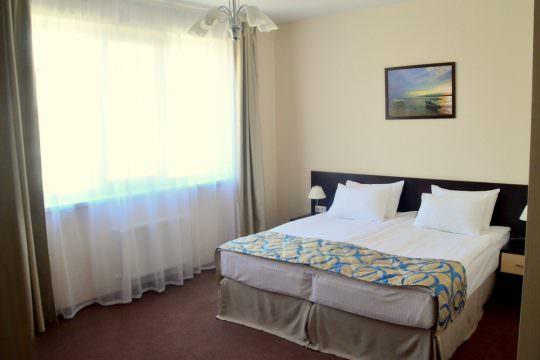 Люкс 3-комнатный (Three-room Suite)